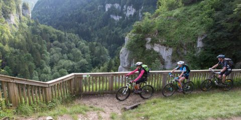 27/05/2015 - PAYS HORLOGER - DOUBS - FRANCE -  VTT      - Photo Laurent CHEVIET© -